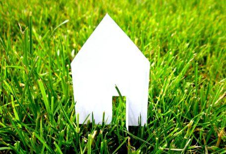 L'éco-construction : plus chère que la construction traditionnelle ?